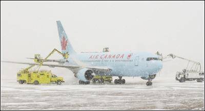 avions_d_air_canada_a_montreal