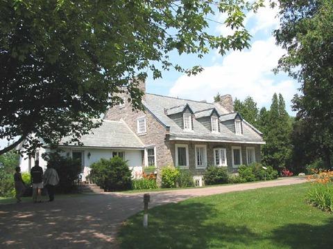 maison-du-cap-st-jacques-a-montreal-2008