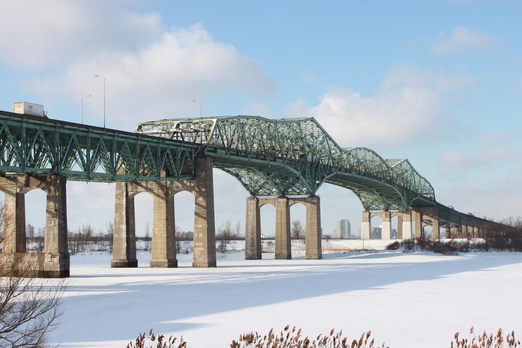 pont-champlain-2013