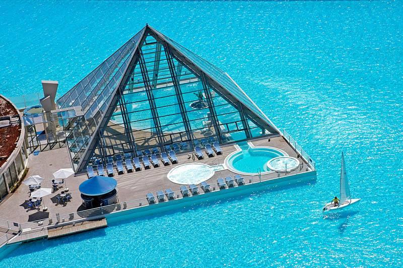 plus-grande-piscine-du-monde-au-chili-2