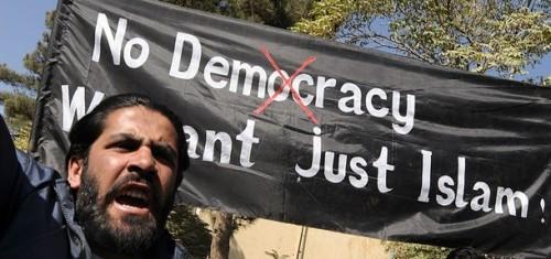 afghanistan-pas-de-democratie-juste-l-islam