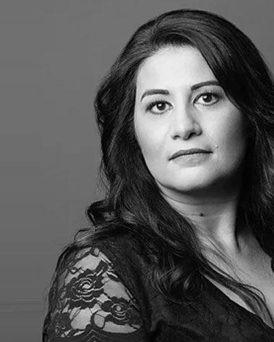 Yasmine Mohammed dénonce le voile islamique